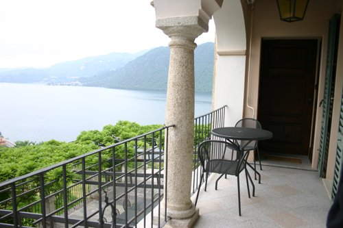 Balcony_9663