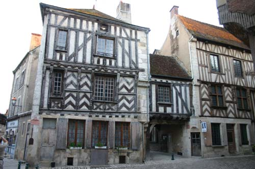 Noyers_oldhouses_2309